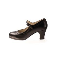 Advanced Nailed Leather Flamenco Shoes